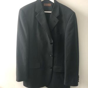 Other - Men's black tux with red/burgundy vest
